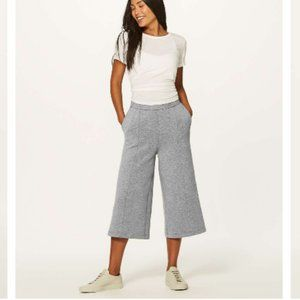 Lululemon New Form Crop Pants